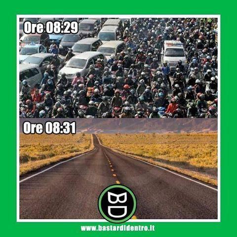 Il #traffico del mattino in due immagini #bastardidentro #auto #ipnoticamentebastardidentro Condividete il… www.bastardidentro.it