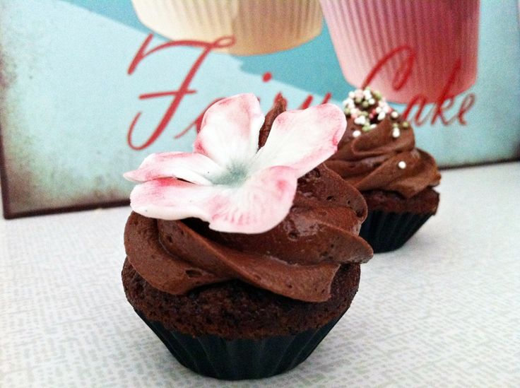 Heavenly Cupcake | Devil's Food minicupcakes | http://heavenlycupcake.se