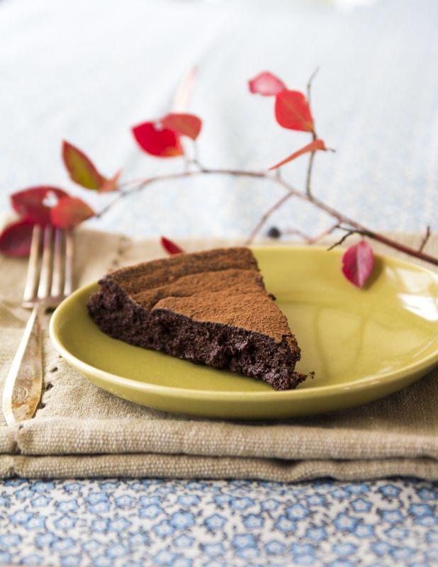 Flourless-chocolate-torte recipe #valentines | @heathyseasonal