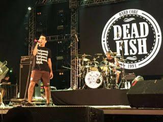 Canal Electro Rock News: Dead Fish faz protesto em show no festival Planeta Atlântida
