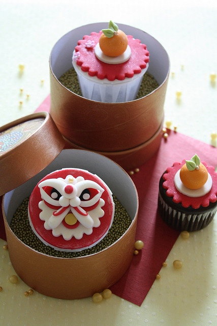 Ratukek - Happy Chinese New Year cupcakes