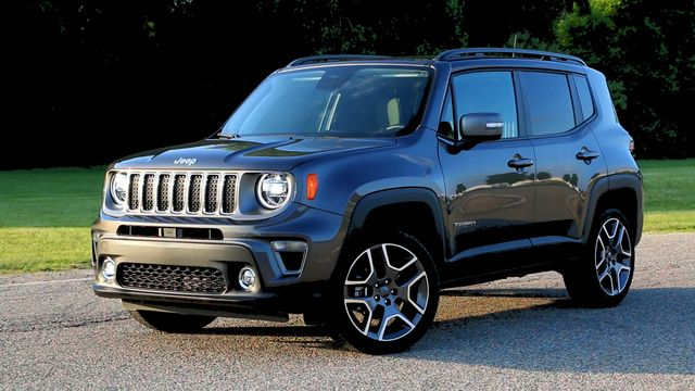 Three Fca Us Vehicles Dodge Brand Win Quality Awards In Strategic Vision S 24th Annual Total Quality Impact Jeep Renegade Jeep Renegade