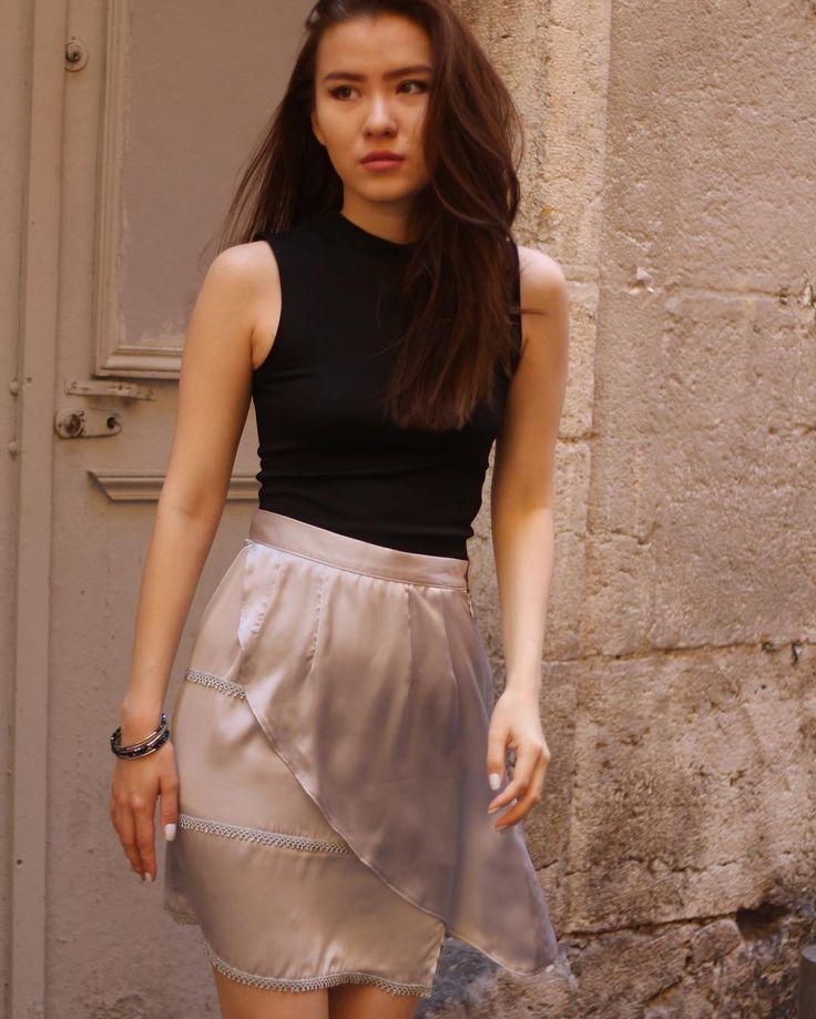 "Skirt ""Lacey"" available on www.ninatransfeldcouture.com  #fashion #mode #skirts #jupe #madeinfrance #madeinnice #nice06 #ootd #cotedazur #frenchriviera #createurs #vieuxnice #boutique #shopping #shoppingonline #ninatransfeldcouture"