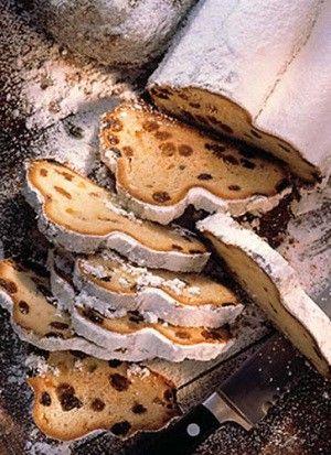 Stollen (German Yule Bread) - http://www.diypinterest.com/stollen-german-yule-bread/