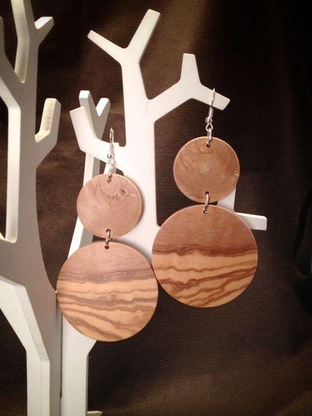 Orecchini in legno di ulivo di Le Castemeraviglie su DaWanda.com