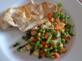 Prato Caseiro: Bife de peru grelhado com legumes salteados