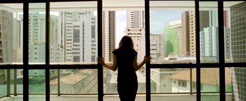 O Som ao Redor (2012) dir. Kleber Mendonça Filho