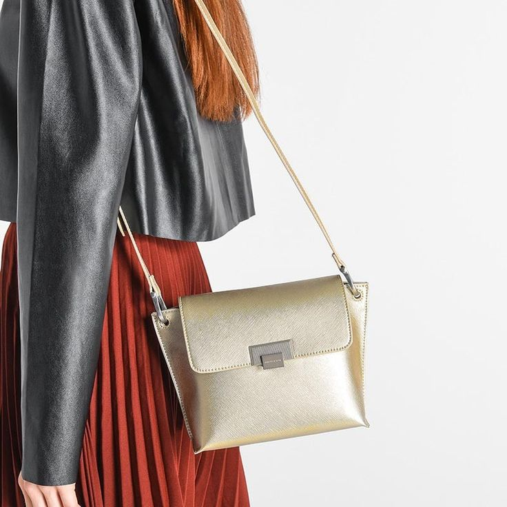 Structured Crossbody | CHARLES & KEITH