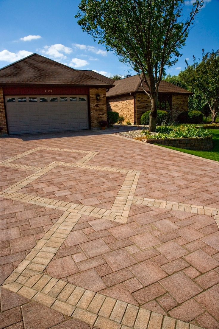14 best luxurious paver driveways hanover pa images on for Concrete driveway designs
