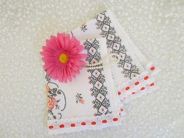 Floral Kitchen Towels, Vintage Kitchen Towels, Decorative Hand Towels, Kitchen Decor, Cotton Hand Towels, Bathroom Hand Towels, Home Decor by MemaAntiques on Etsy