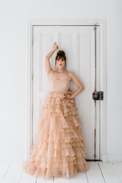 Nude kleurige couture dress