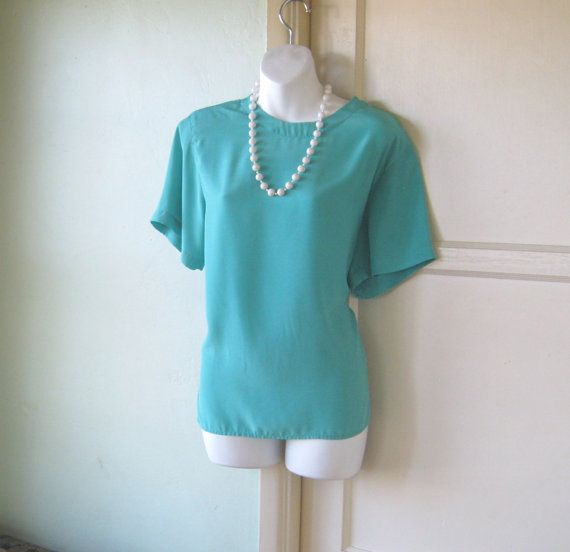 Size 14 Petite Teal Shell Top with Short by LittleVintageStories