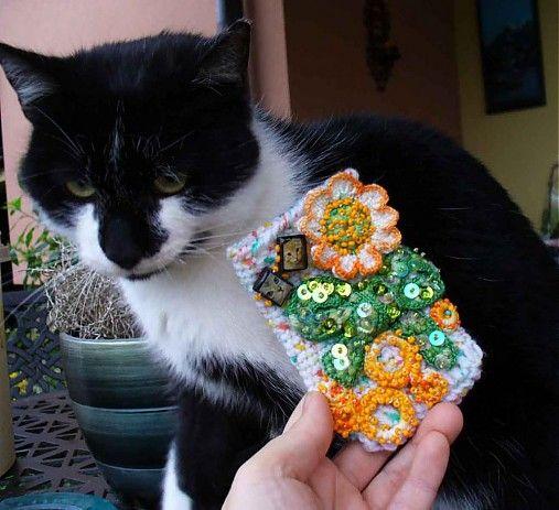BosaBeta / Púzdro na mobil - Mačka s chryzantémou