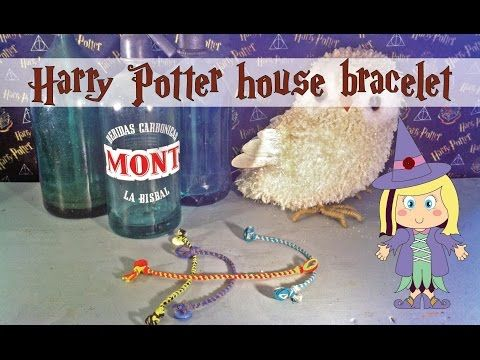 Poppy maakt… Harry Potter geïnspireerde kumihimo afdelings- armband. In deze instructie video zal ik je uitleggen hoe je deze Harry Potter geïnspireerde een Harry Potter geïnspireerde kumihimo afdelings- armband maakt. Veel plezier! Poppy makes… Harry Potter inspired kumihimo house bracelet. In this video tutorial I will explain how you can make this Harry Potter inspired kumihimo house bracelet. Have fun! #Harry #Potter #AndTheCursedChild #video #tutorial #instructie #video #printable