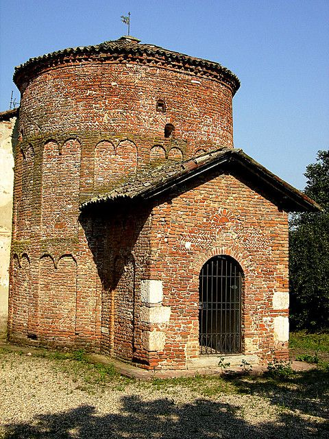 early Romanesque baptistry at Lomello, Italy / Battistero senza borgo | Flickr - Photo Sharing!