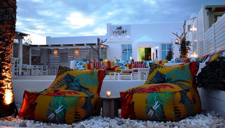 Ο Γιώργος Μανωλιάς υλοποιεί το όνειρό του δημιουργώντας ένα μοναδικό μπαρ στο Κουφονήσι!