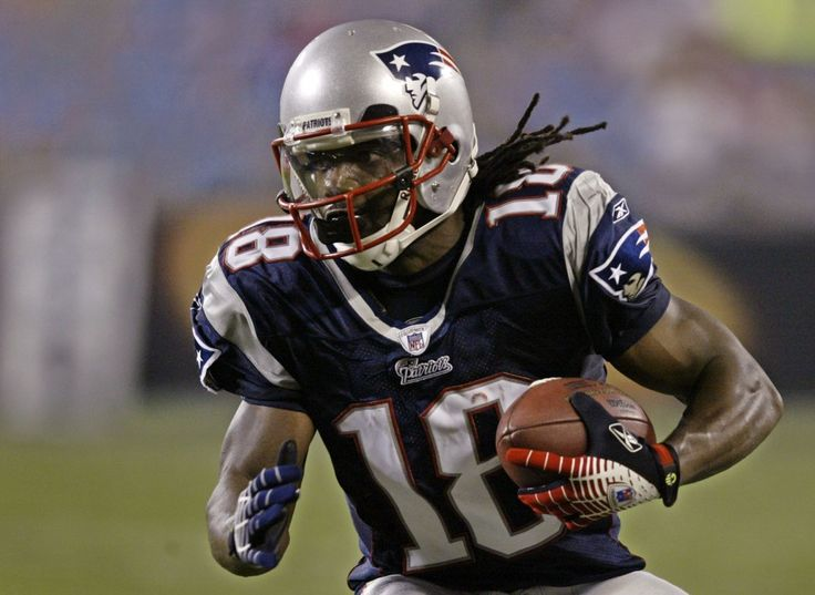 Stack Attack! Patriots Sign Donte Stallworth and Others