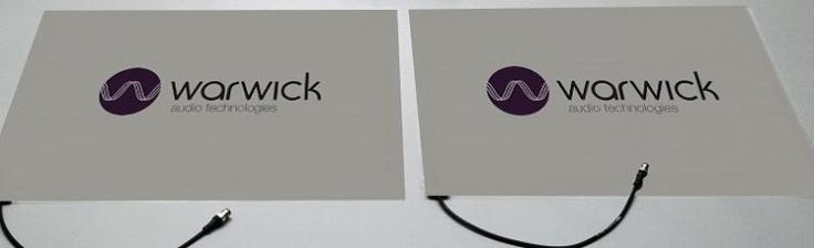 Utilizando la tecnología de altavoces con mayor libertad plana por primera vez por Warwick Audio Technologies, el SoundPad es delgado y ligero, además de ser de baja potencia. También es resistente a la intemperie, por lo que es conveniente para al aire libre, así como su uso en interiores. http://www.warwickaudiotech.com/