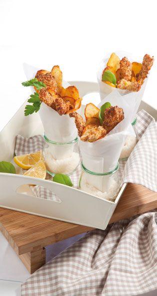 Chicken nuggets and potato crisps