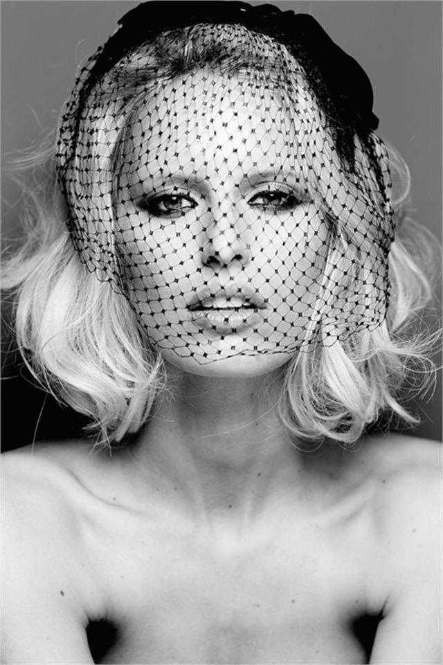 Karolína Kurková coversGlamour Italy,November 2013