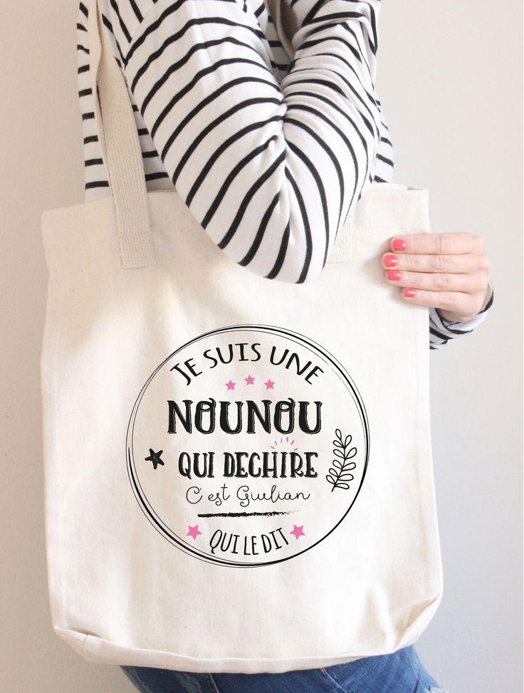 Envie de faire un cadeau à la nounou de votre enfant ? Voici un sac tote bag personnalisé pour une formidable nounou. Un cadeau qui plaira à coup sûr