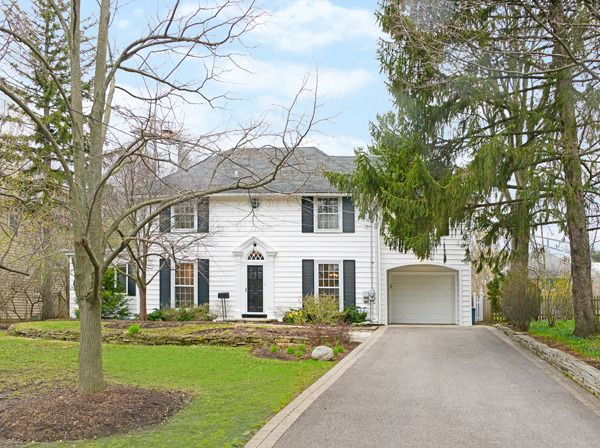 Classic, renovated 5 bedroom/5 bath Colonial on large lot in convenient in-town location! Great yard!
