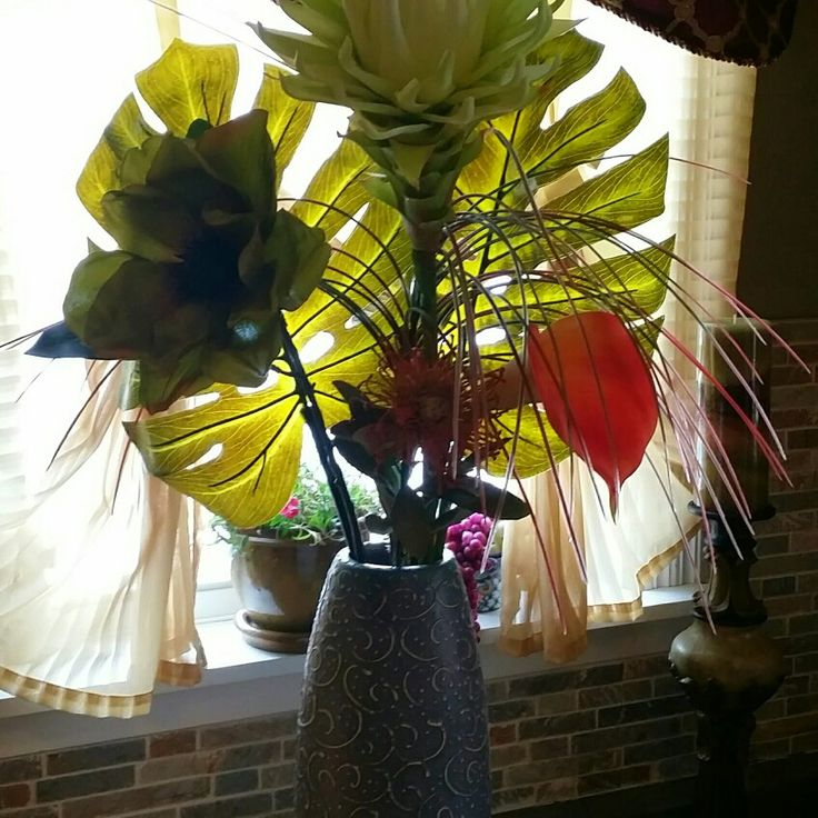 Too anxious to start gardening so dry flower arrangements it is :)