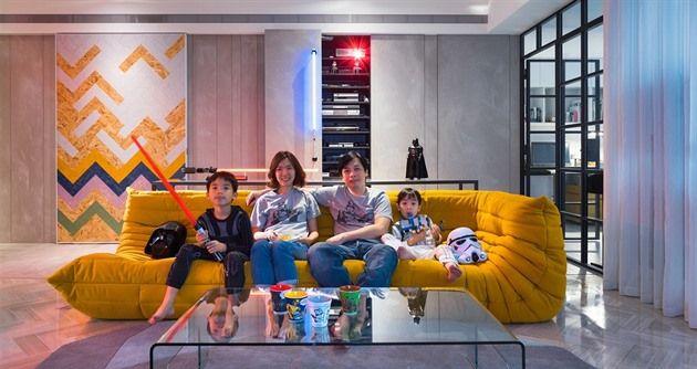 Bydlení náruživého milovníka filmové série Hvězdných válek může vypadat elegantně a vtipně. Neobvyklý byt v Tchaj-peji na Tchaj-wanu navrhlo pro čtyřčlennou rodinu studio White Interior Design.