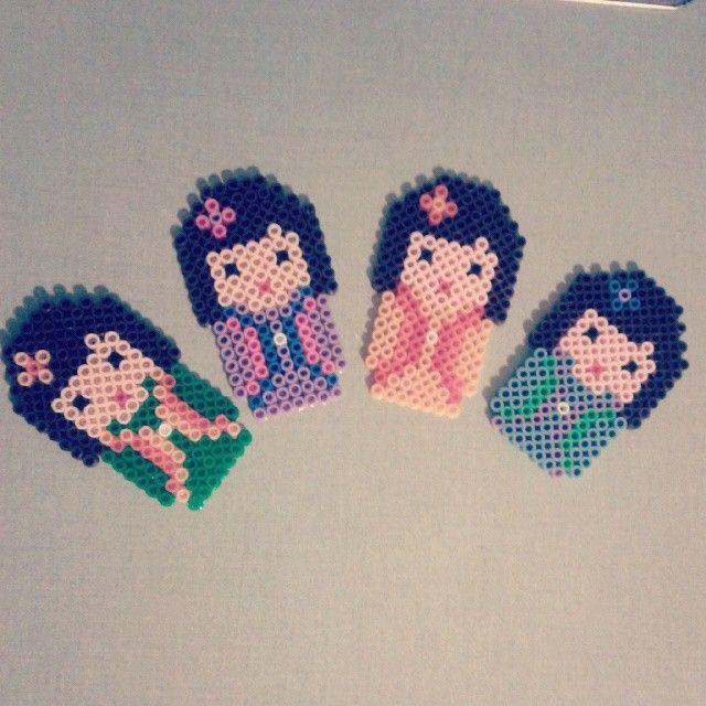 Kokeshi hama beads by angolo_di_p.b