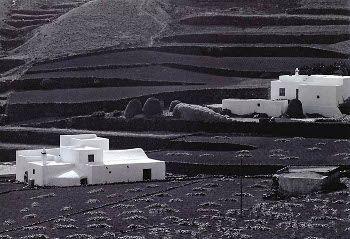 Casas de azotea estructura c bica y de un solo piso con - Las casas canarias lanzarote ...