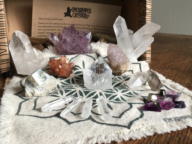 Crystal/witchy witch subscription boxes