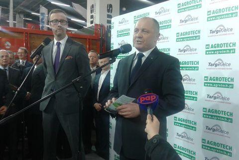 AGROTECH odwiedzany przez VIP-ów  Gościem wystawy był Marek Sawicki, Minister Rolnictwa i Rozwoju Wsi