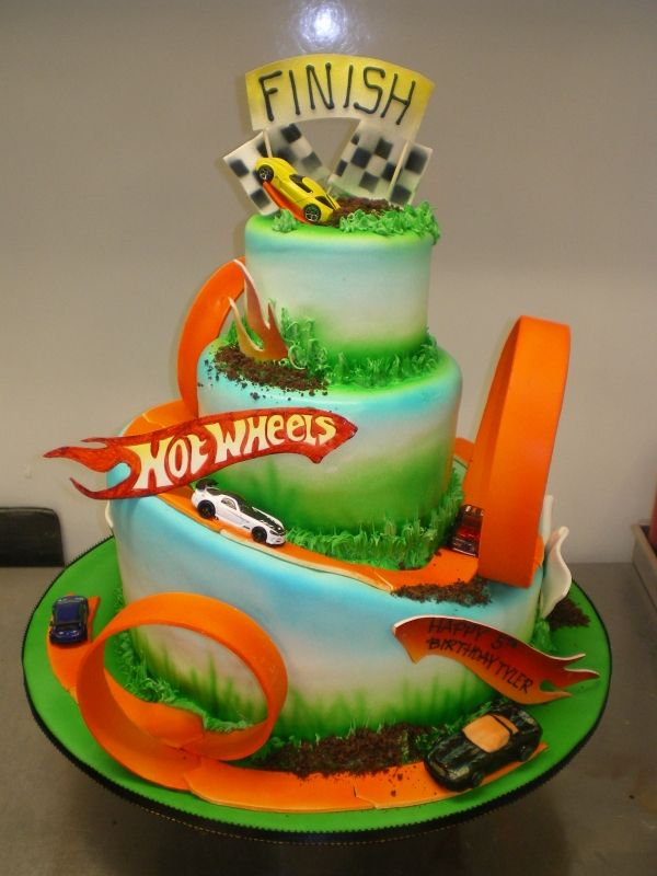 for a little hotwheel lover    this is going b blake 1st bday cake