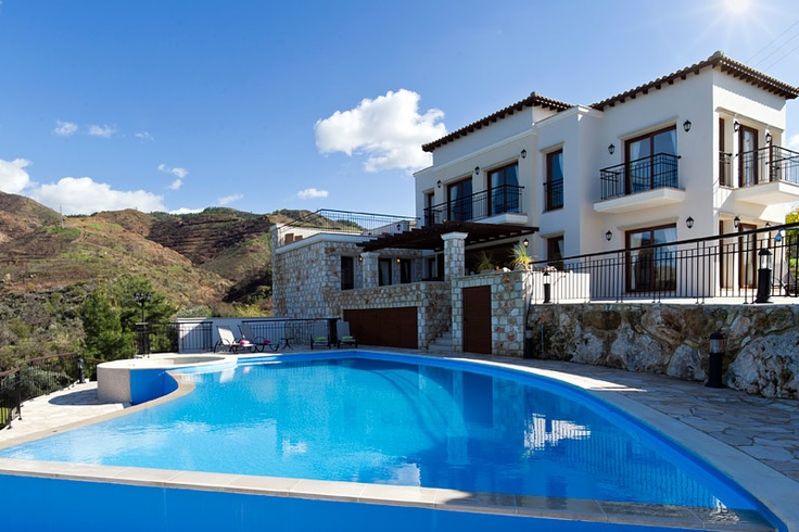 A great villa with private pool in Paphos. Rent your dream's  Vacations House in Cyprus. http://www.vacationshouse.com/vacation-rentals/p13946