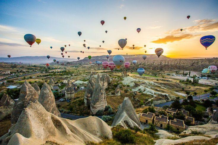 Montgolfières à Cappadoce en Turquie