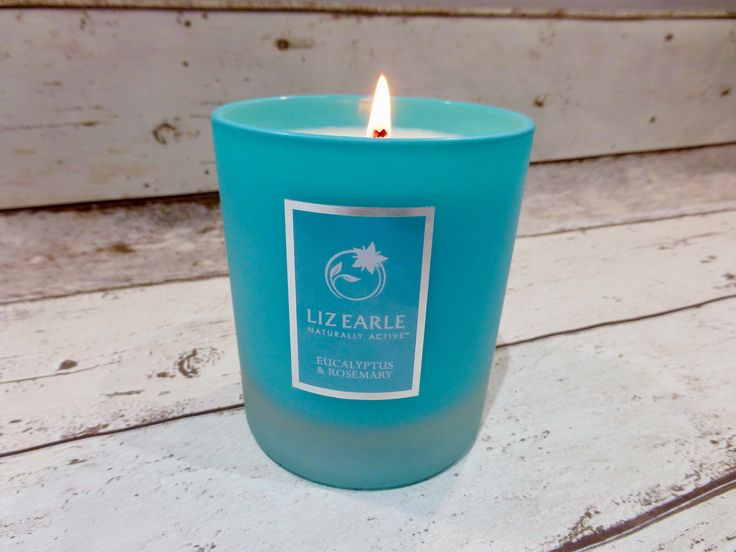 NEW: Inspired by the botanicals in their Cleanse & Polish Hot Cloth Cleanser, I am putting the Liz Earle Eucalyptus and Rosemary Candle to the test