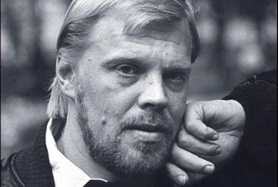 """Vesa-Matti """"Vesku"""" Loiri (born 4 January 1945), Finnish actor, musician and comedian. Suomalainen näyttelijä, soittaja, laulaja, urheilija..."""
