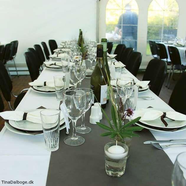 Bordløber i grå gråbrun til bordpynt til fester fx konfirmation, bryllup eller barnedåb. Køb bordløberen på kreahobshop.dk