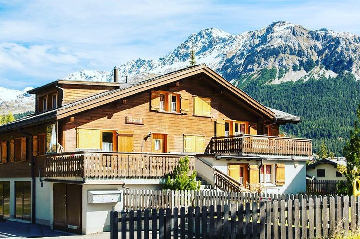 For these landscapes I could move to Switzerland immediately . . . #swissalps #switzerland #switzerlandpictures #switzerlandwonderland #lenzerheide #welivetoexplore #teamwanderlust #travelcommunity #timeoutsociety #igerseurope #adventuresswomen #girlslovetravel #girlsborntotravel #wearetravelgirls #ladiesgoneglobal #wonderful_places #beautifuldestinations #travel_drops #exceptional_pictures #speechlessplaces