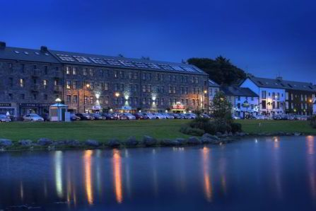 Atlantic Coast Hotel Westport Easter & Discover The Greenway Deals