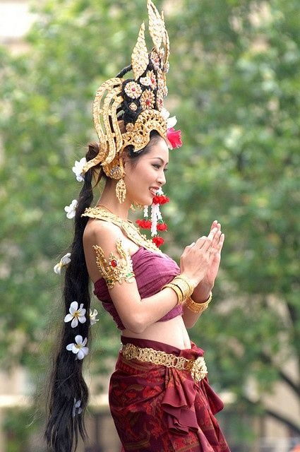 Woman in dancing attire from Bali, Indonesia