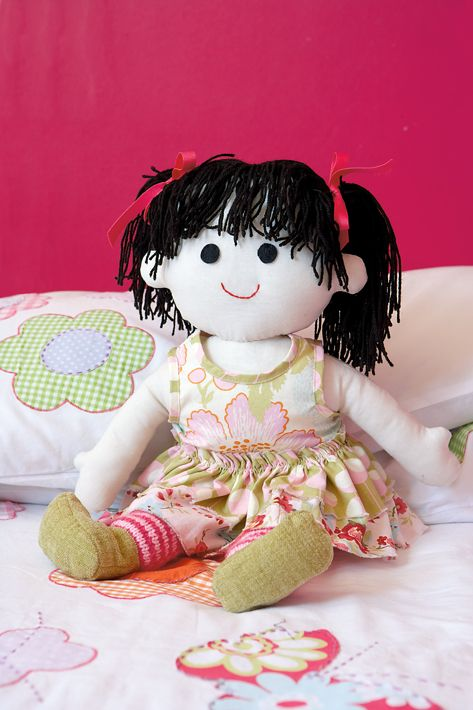 pattern  ~  make your own rag doll For my niece/ I am going to make a rag doll with a wardrobe. Which is your fave?