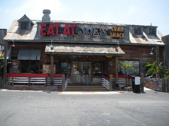 Hanging out and eating at Joe's Crab Shack #PintoWinNYDJ