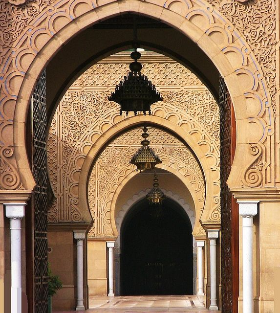 Arches of the Royal Palace in Rabat, Morocco (by roba66).