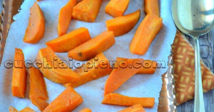 Essa receita  de Jamie Oliver de batata-doce assada com especiarias e xarope de bordo  é uma combinação perfeita de sabores! Essa batata ...