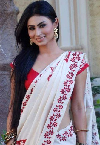 Mouni Roy Height Weight Age Body Measurements Bra