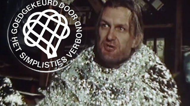 Wat doet ir  Walter de Rochebrune tegen een kernongeluk - Van Kooten en ...