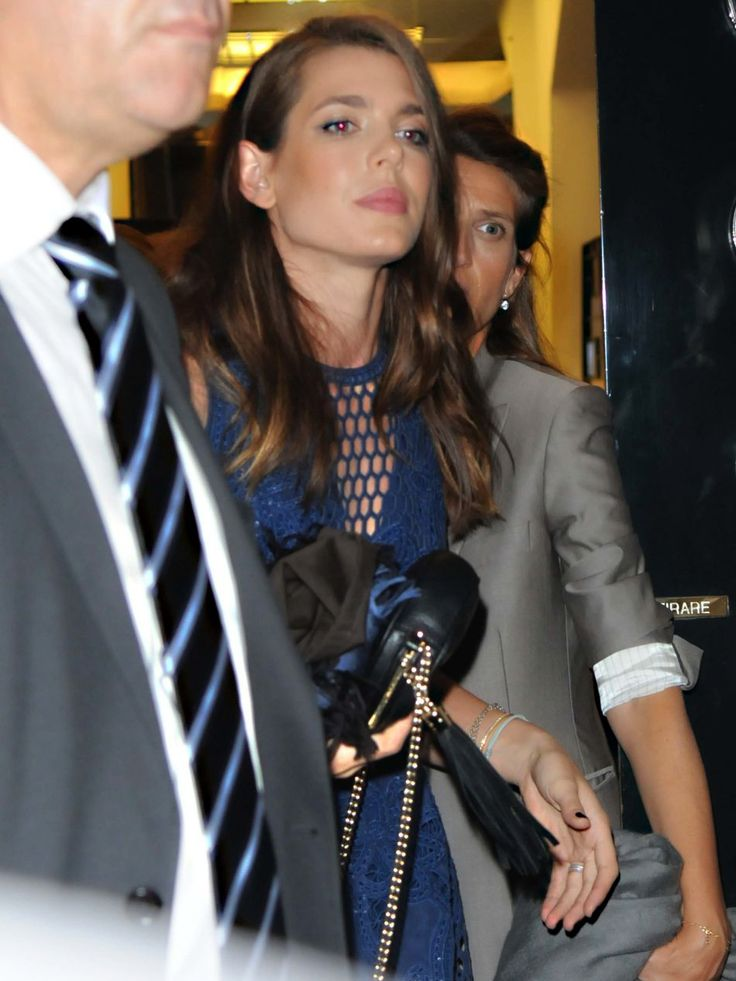 Charlotte leaving the Gucci Beauty party in Milan yesterday. Really gorgeous!
