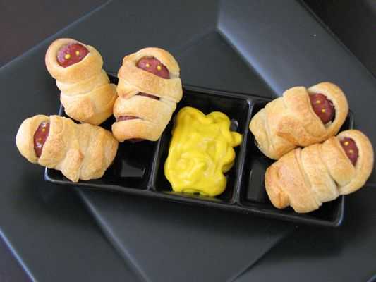 Mummy sausages wrapped in crescent dough - halloween party food recipe