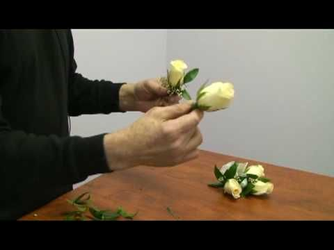 How to Make a Corsage and Boutonniere for a Wedding - YouTube